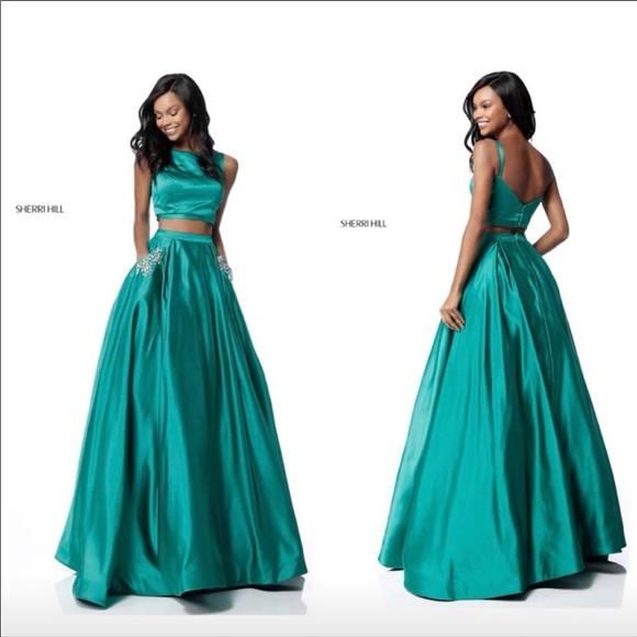 Sherri Hill Dresses | Emerald Green Ball Gown Prom Dress | Poshmark